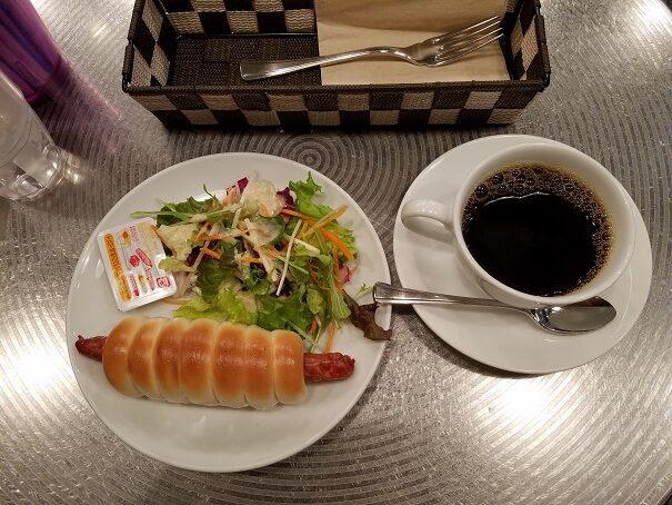 大阪国際空港(伊丹)北ターミナルのエアポートベーグルカフェでモーニングをおすすめ
