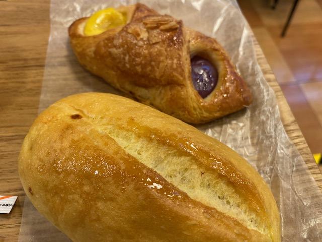 阪神今津駅構内 ベーカリーカフェ ハースブラウン、イートインで7時モーニングです